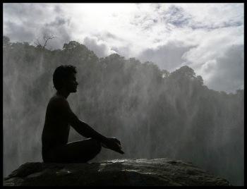 8f13b-meditating